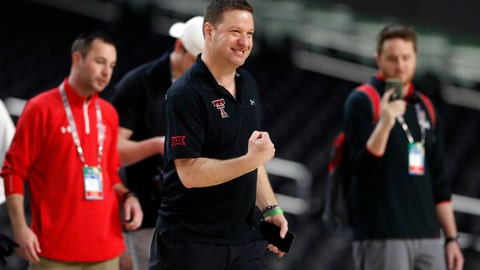 <p>               Texas Tech head coach Chris Beard pumps his fist during a practice session for the semifinals of the Final Four NCAA college basketball tournament, Friday, April 5, 2019, in Minneapolis. (AP Photo/Jeff Roberson)             </p>