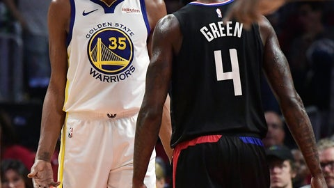 <p>               Golden State Warriors forward Kevin Durant, left, and Los Angeles Clippers forward JaMychal Green jaw at each other during the second half in Game 3 of a first-round NBA basketball playoff series Thursday, April 18, 2019, in Los Angeles. The Warriors won 132-105. (AP Photo/Mark J. Terrill)             </p>