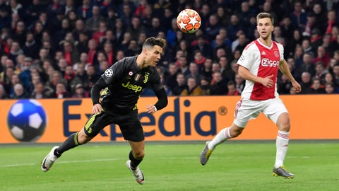 <p>               Juventus' Cristiano Ronaldo scores his side's opening goal during the Champions League quarterfinal, first leg, soccer match between Ajax and Juventus at the Johan Cruyff ArenA in Amsterdam, Netherlands, Wednesday, April 10, 2019. (AP Photo/Martin Meissner)             </p>