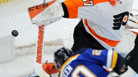 <p>               St. Louis Blues' Alexander Steen (20) scores on Philadelphia Flyers' Brian Elliott (37) during the first period of an NHL hockey game, Thursday, April 4, 2019, in St. Louis. (AP Photo/Bill Boyce)             </p>