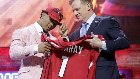 <p>               Oklahoma quarterback Kyler Murray poses with NFL Commissioner Roger Goodell after the Arizona Cardinals selected Murray in the first round at the NFL football draft, Thursday, April 25, 2019, in Nashville, Tenn. (AP Photo/Mark Humphrey)             </p>