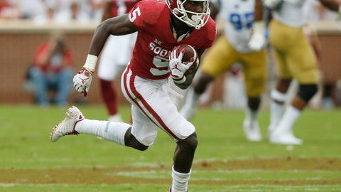 <p>               FILE - In this Sept. 8, 2018, file photo, Oklahoma wide receiver Marquise Brown (5) carries during an NCAA college football game against UCLA, in Norman, Okla. Brown is a possible pick in the 2019 NFL Draft. (AP Photo/Sue Ogrocki, File)             </p>