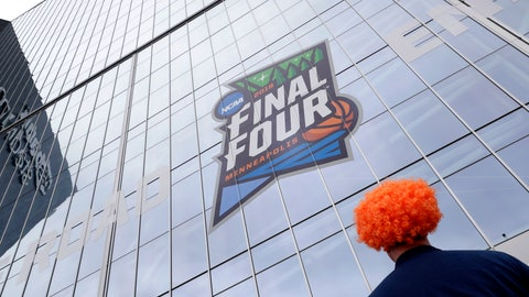<p>               A fan waits outside U.S. Bank Stadium before a semifinal round game between Auburn and Virginia at the Final Four NCAA college basketball tournament, Saturday, April 6, 2019, in Minneapolis. (AP Photo/Matt York)             </p>