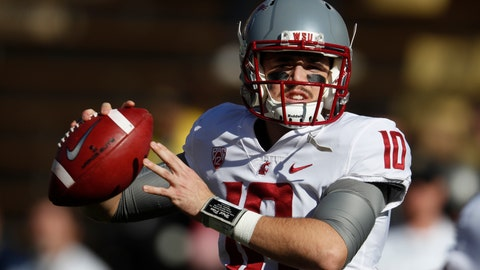 <p>               FILE - In this Saturday, Nov. 10, 2018, file photo, Washington State quarterback Trey Tinsley warms up before the first half of an NCAA college football game in Boulder, Colo. Washington State has a spirited quarterback competition involving a large group of would-be starters, including seniors Anthony Gordon and Tinsley, Cammon Cooper, graduate transfer Gage Gubrud and sophomore John Bledsoe. (AP Photo/David Zalubowski, File)             </p>