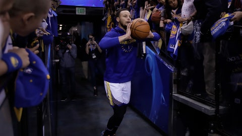 <p>               In this Sunday, April 7, 2019, photo, Golden State Warriors' Stephen Curry shoots from the players' entrance tunnel prior to the team's NBA basketball game against the Los Angeles Clippers in Oakland, Calif. Curry's pregame tunnel heaves have become such a spectacle at Oracle Arena hundreds of cameras raise in the air to capture the moment. He won't have that anymore at Chase Center when the Warriors move across the bay to San Francisco next season. (AP Photo/Ben Margot)             </p>