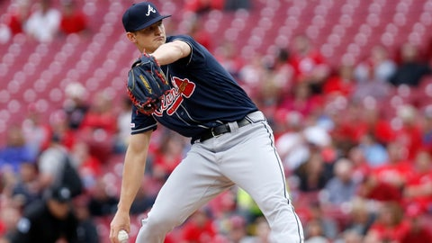 Apr 24, 2019; Cincinnati, OH, USA; Atlanta Braves starting pitcher Mike Soroka (40) throws the ball against the Cincinnati Reds during the first inning at Great American Ball Park. Mandatory Credit: David Kohl-USA TODAY Sports
