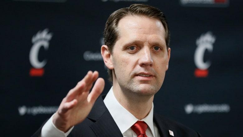 Cincinnati stays in its backyard for next basketball coach