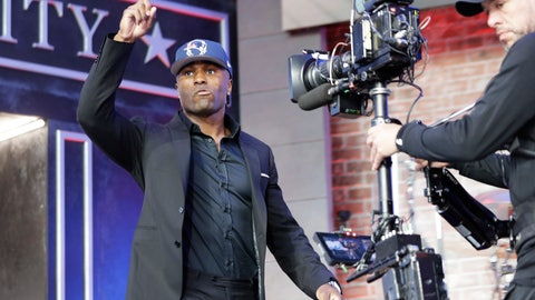 <p>               Vanderbilt cornerback Joejuan Williams enters the main stage after the New England Patriots selected Williams during the second round of the NFL football draft, Friday, April 26, 2019, in Nashville, Tenn. (AP Photo/Mark Humphrey)             </p>