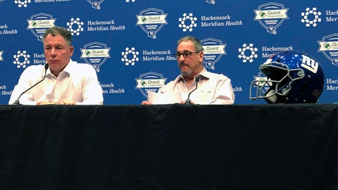 <p>               Giants Coach Pat Shurmur, left, and GM Dave Gettleman discuss the NFL draft which ended Saturday at Giants headquarters in East Rutherford, N.J. (AP Photo/Tom Canavan)             </p>