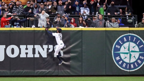 <p>               Seattle Mariners center fielder Mallex Smith and fans watch the home run ball of Houston Astros' Jose Altuve in the fifth inning of a baseball game Saturday, April 13, 2019, in Seattle. (AP Photo/Elaine Thompson)             </p>
