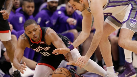 <p>               Houston Rockets guard Eric Gordon, left, and Sacramento Kings forward Nemanja Bjelica, right, scramble for the ball during the second half of an NBA basketball game, Tuesday, April 2, 2019, in Sacramento, Calif. The Rockets won 130-105. (AP Photo/Rich Pedroncelli)             </p>