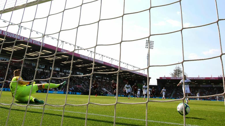 Parker gets 1st win as Fulham manager at Bournemouth