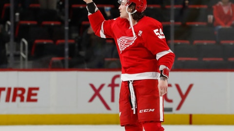 <p>               Detroit Red Wings left wing Tyler Bertuzzi is acknowledged as the first star after the NHL hockey game against the Pittsburgh Penguins, Tuesday, April 2, 2019, in Detroit. (AP Photo/Carlos Osorio)             </p>