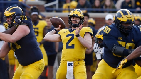 <p>               Michigan quarterback Shea Patterson (2) throws during the team's annual spring NCAA college football game, Saturday, April 13, 2019, in Ann Arbor, Mich. (AP Photo/Carlos Osorio)             </p>
