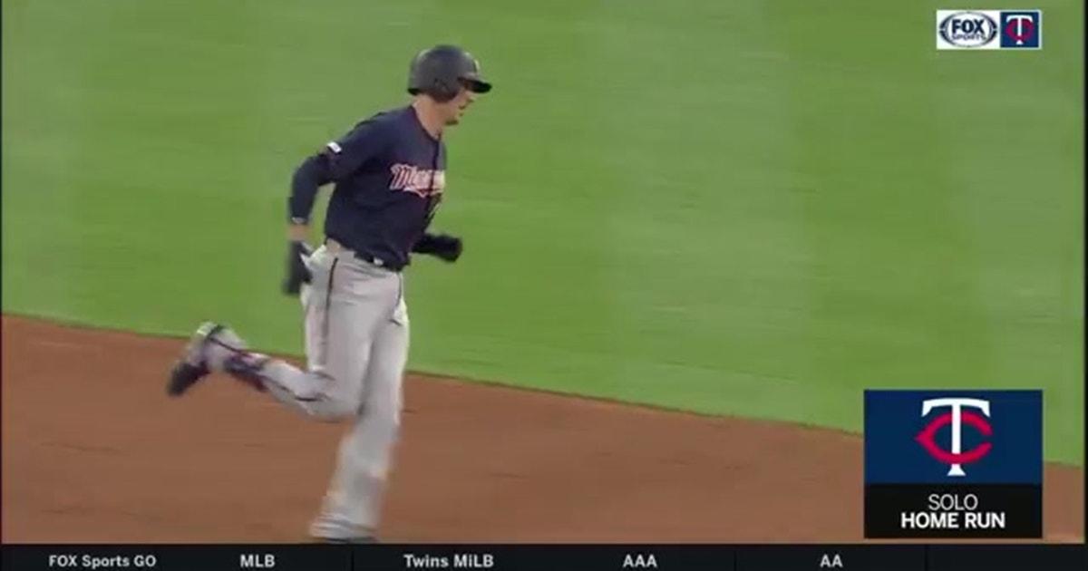 WATCH: Twins' Castro, Polanco go yard vs. Astros