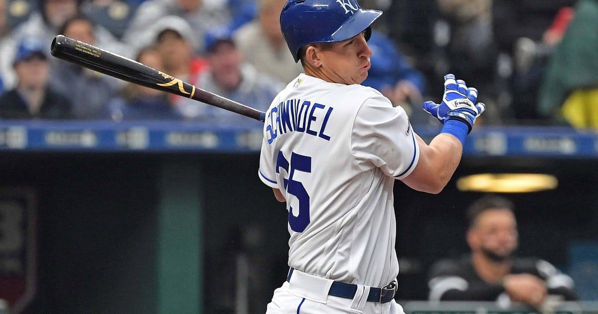 Royals request release waivers on Frank Schwindel
