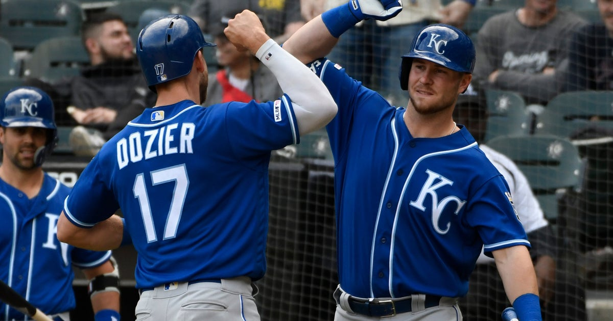 Dozier S Homer In 10th Lifts Royals Over White Sox