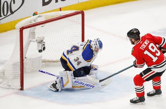 Blues remain in Central race, earning point in shootout loss to Blackhawks