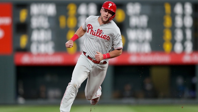 Rhys Hoskins launches 2-run home run scoring Bryce Harper and sealing victory over the Mets