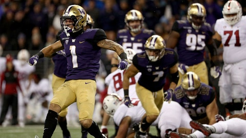 SEATTLE, WA - NOVEMBER 03:  Byron Murphy #1 of the Washington Huskies celebrates in the first quarter against the Stanford Cardinal during their game at Husky Stadium on November 3, 2018 in Seattle, Washington.  (Photo by Abbie Parr/Getty Images)
