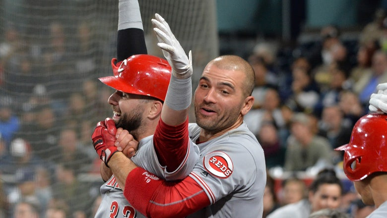 Joey Votto hits 1st career leadoff homer in Reds' 4-1 win over Padres