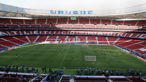 <p>               Tottenham players train during a training session at the Wanda Metropolitano stadium in Madrid, Friday May 31, 2019. English Premier League teams Liverpool and Tottenham Hotspur are preparing for the Champions League final which takes place in Madrid on Saturday night. (AP Photo/Armando Franca)             </p>