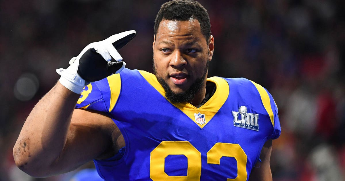 Ndamukong Suh agrees to terms with Bucs, replaces 6-time Pro Bowler Gerald McCoy