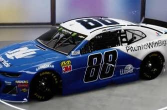 Alex Bowman unveils new Nationwide paint scheme for Dover International Speedway