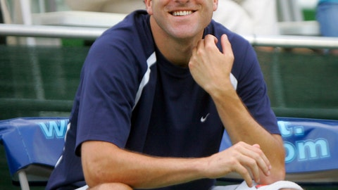 <p>               FILE - In this July 23, 2008, file photo, Justin Gimelstob, then a member of Kastles' World Team Tennis, smiles during a match in Washington. Now a tennis broadcaster and coach, Gimelstob pleaded no contest to misdemeanor assault for attacking a former friend in Los Angeles on Halloween 2017. The district attorney's office says the 42-year-old former pro player was sentenced Monday, April 22, 2019, to three years of probation, 60 days of community service and a year's worth of anger management classes. (AP Photo/Lawrence Jackson, File)             </p>