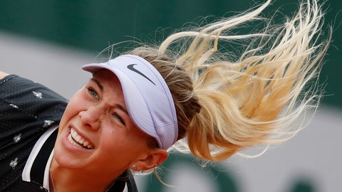 <p>               Amanda Anisimova of the U.S. serves against against Aryna Sabalenka of Belarus during their second round match of the French Open tennis tournament at the Roland Garros stadium in Paris, Thursday, May 30, 2019. (AP Photo/Christophe Ena )             </p>