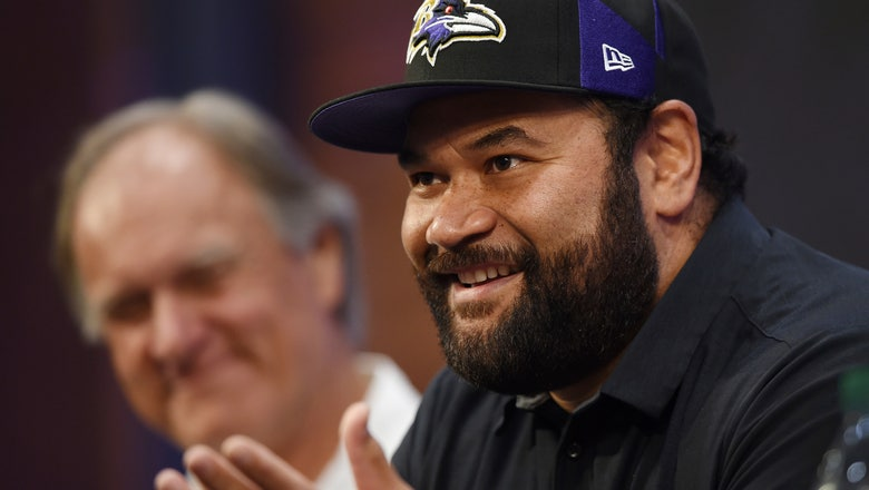 Ngata retires as a Raven; Billick also honored by team