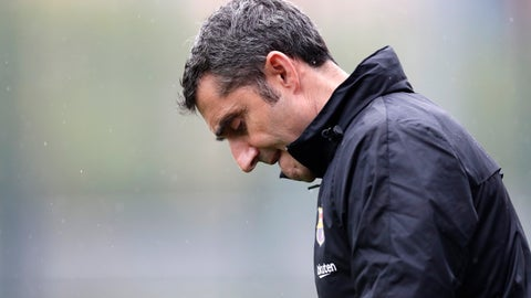 <p>               FC Barcelona's coach Ernesto Valverde arrives for a training session at the Sports Center FC Barcelona Joan Gamper in Sant Joan Despi, Spain, Friday, May 24, 2019. FC Barcelona will play against Valencia in the Spanish Copa del Rey soccer match final on Saturday. (AP Photo/Manu Fernandez)             </p>