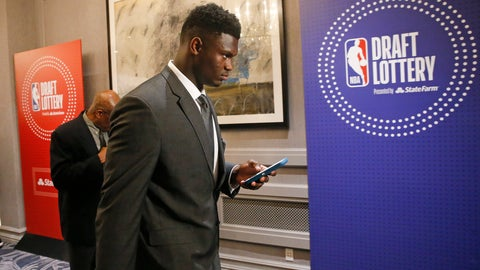 <p>               Duke's Zion Williamson arrives for the NBA basketball draft lottery Tuesday, May 14, 2019, in Chicago. (AP Photo/Nuccio DiNuzzo)             </p>