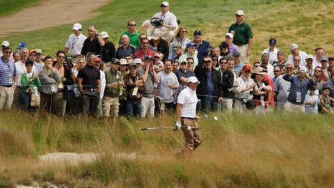 <p>               FILE - In this June 17, 2009, file photo, Phil Mickelson walks out of the rough on the 18th hole during his practice round for the U.S. Open Golf Championship at Bethpage State Park's Black Course in Farmingdale, N.Y. For such a strong course, Bethpage has a reputation for having a weak finishing hole. (AP Photo/Mel Evans, File)             </p>
