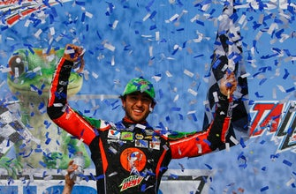 Elliott takes Dover pole with track record of 165.960 mph