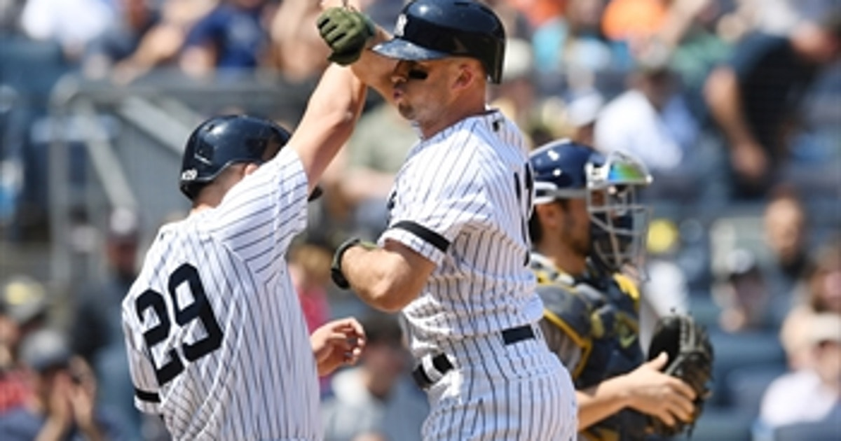 Yankees outslug Rays to move back into first place