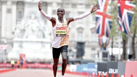 <p>               Kenya's Eliud Kipchoge wins the first place in the men's race at the 39th London Marathon in London, Sunday, April 28, 2019. (AP Photo/Alastair Grant)             </p>