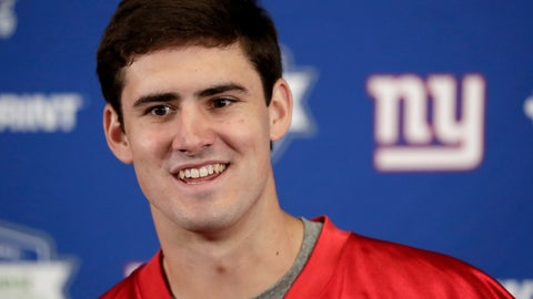 <p>               New York Giants first round draft pick Daniel Jones, 6th overall, talks to reporters during NFL football rookie camp, Friday, May 3, 2019, in East Rutherford, N.J. (AP Photo/Julio Cortez)             </p>