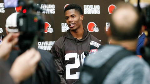 <p>               Cleveland Browns' Greedy Williams answers a question from the media during NFL football rookie minicamp Friday, May 3, 2019, in Berea, Ohio. (AP Photo/Ron Schwane)             </p>