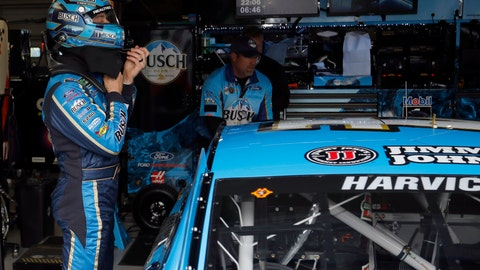 <p>               Kevin Harvick takes off his helmet after qualifying for the NASCAR Cup Series auto race at Kansas Speedway in Kansas City, Kan., Friday, May 10, 2019. Harvick won the pole. (AP Photo/Colin E. Braley)             </p>