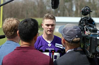 Vikings rookie long snapper has Air Force duty to fulfill