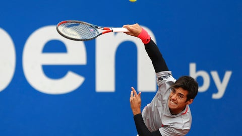 <p>               Cristian Garin of Chile serves the ball during his quarterfinal match against Alexander Zverev of Germany at the ATP tennis tournament in Munich, Germany, Friday, May 3, 2019. (AP Photo/Matthias Schrader)             </p>