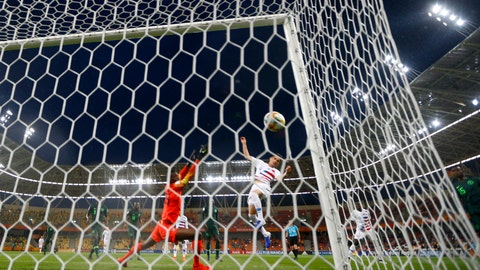 <p>               United States' Sebastian Soto, center, scores his side's opening goal during the Group D U20 World Cup soccer match between USA and Nigeria, in Bielsko Biala, Poland, Monday, May 27, 2019. (AP Photo/Sergei Grits)             </p>