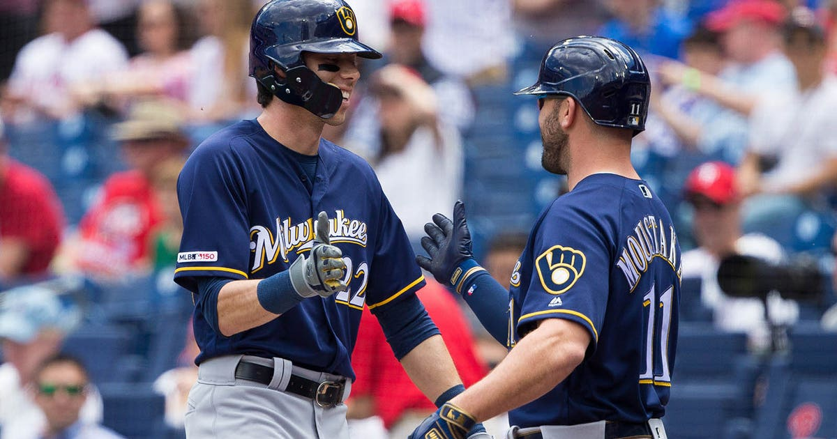 Christian Yelich homers twice, Brewers top Phillies 11-3