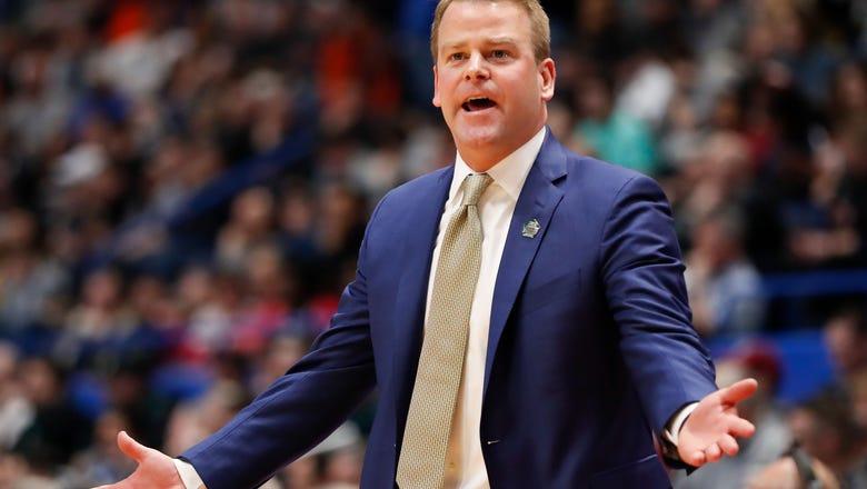 Marquette, Wojciechowski agree to new 5-year deal