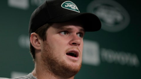 <p>               New York Jets quarterback Sam Darnold speaks to reporters at the team's NFL football training facility in Florham Park, N.J., Tuesday, June 4, 2019. (AP Photo/Julio Cortez)             </p>