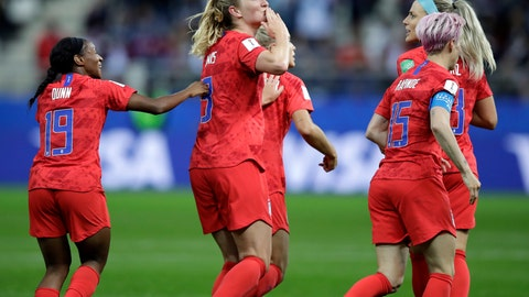 <p>               United States' scorer Samantha Mewis, center, and her teammates celebrate their side's 4rth goal during the Women's World Cup Group F soccer match between United States and Thailand at the Stade Auguste-Delaune in Reims, France, Tuesday, June 11, 2019. (AP Photo/Alessandra Tarantino)             </p>