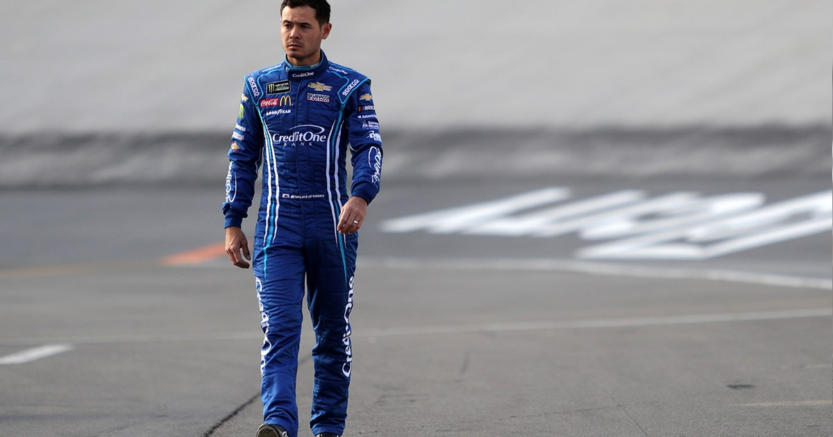 Would Kyle Larson rather go dirt racing or NASCAR racing?