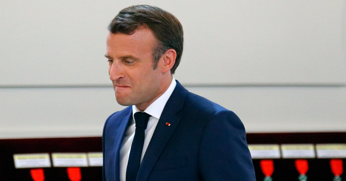 French soccer leader seeks to smooth Macron row