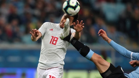 <p>               Japan's Shinji Okazaki, left, jumps for a header challenged by Uruguay's Rodrigo Bentancur during a Copa America Group C soccer match at the Arena Gremio in Porto Alegre, Brazil, Thursday, June 20, 2019. (AP Photo/Edison Vara)             </p>